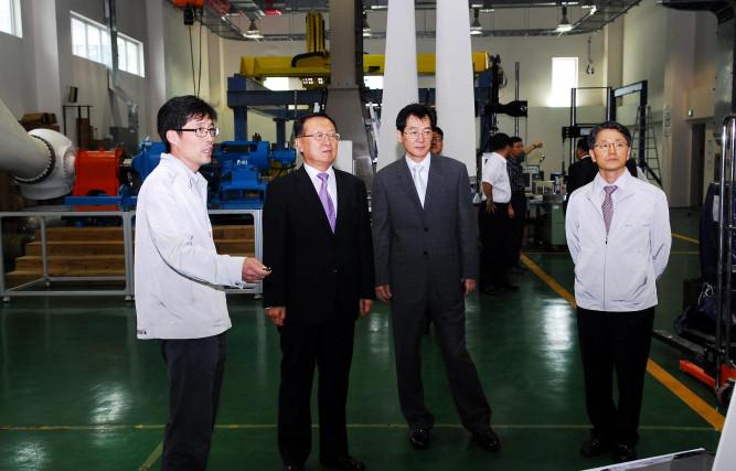 한 욱 산업기술연구회 이사장, R&D속도전 중간점검 위해 재료연 방문